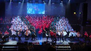 Rönninge Show Chorus och The EntertainMen i Stjärnjul 2017